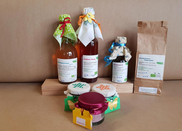 Bio Öl, Bio Salz, Bio Essig, Bio Suppengrün vom SOS Kinderdorf Hohenroth
