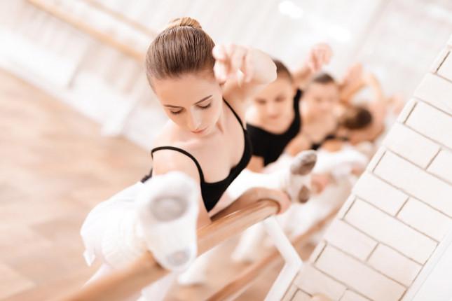 Gutschein Tanzen und Ballett bei Mainrythmie in Würzburg